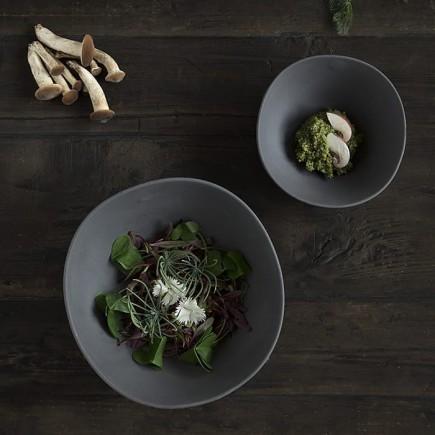 assiette-creuse-profonde-shell-line-noir-mat-cookplay